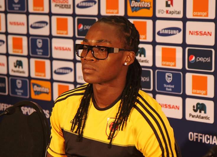 Manucho Gonçalves em conferência de imprensa
