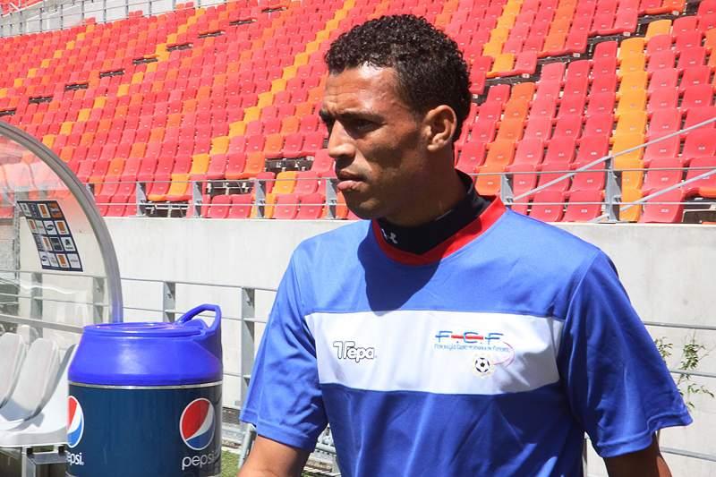 Cabo Verde faz treino de adaptação no Estádio de Rades