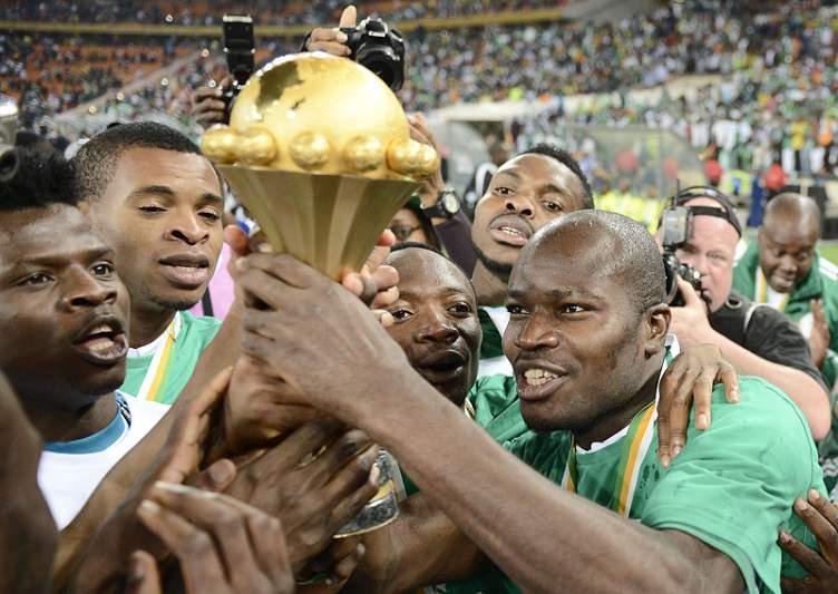 Campeões de África regressam hoje à Nigéria