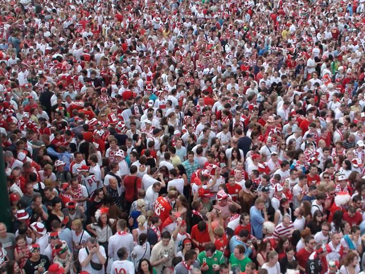 25 mil polacos aguardam o República Checa-Polónia