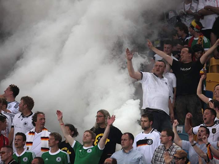 Alemães ecoam racismo em Lviv
