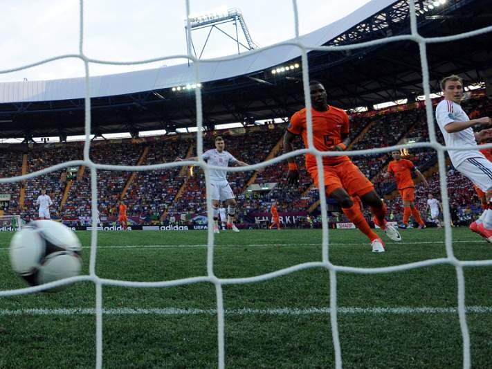 Willems falha Mundial2014 devido a lesão