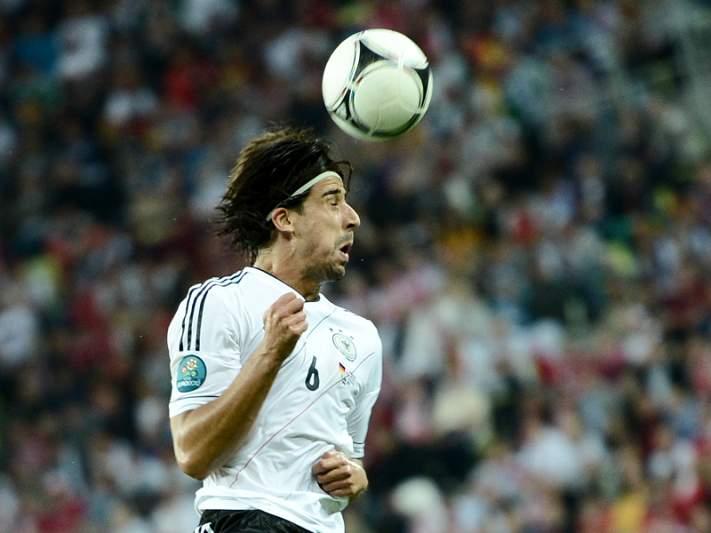 Joachim Low espera regresso em forma de Sami Khedira