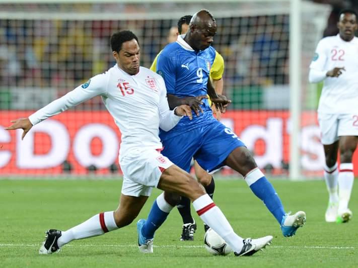 Inglaterra e Itália vão a prolongamento