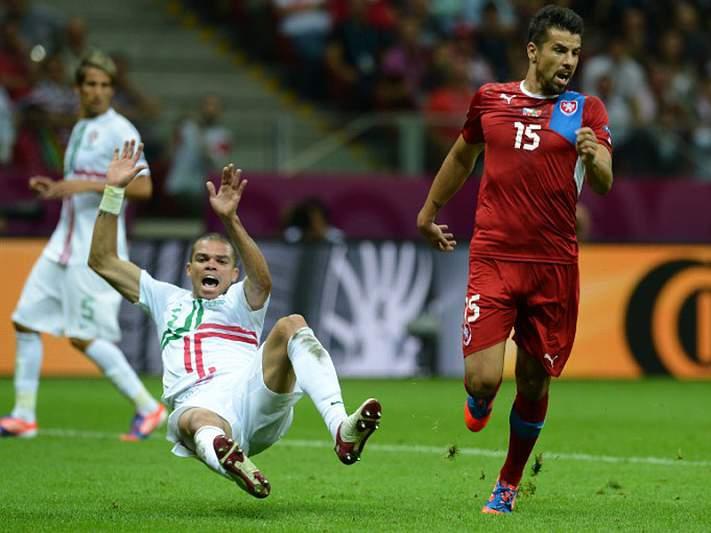 Milan Baros e Galatasaray rescindem