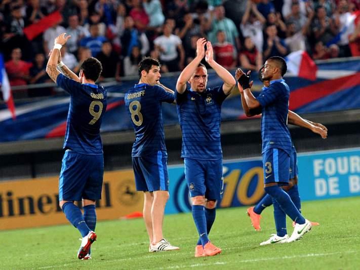 França vence mesmo no fim
