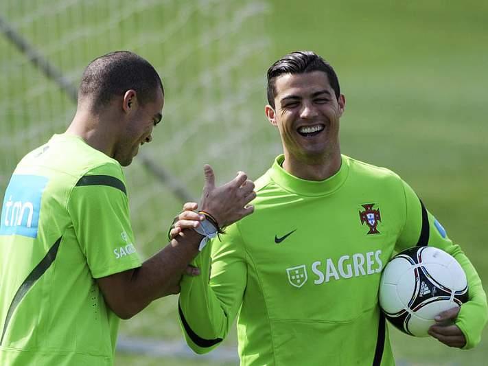 Ronaldo e Pepe no 'onze' de Panenka