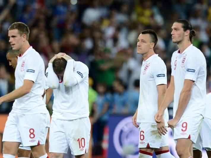 John Terry falha jogo com Ucrânia devido a lesão no tornozelo