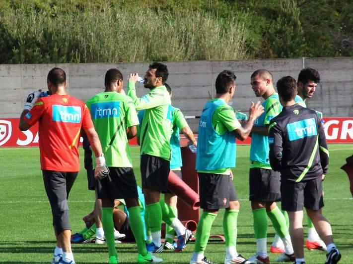 Confusão e confiança no primeiro treino da seleção em Óbidos
