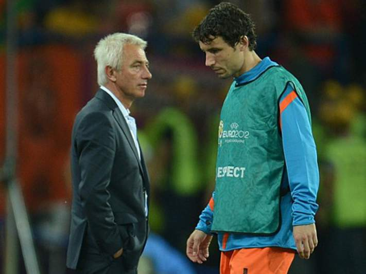 Van Bommel renuncia à seleção holandesa