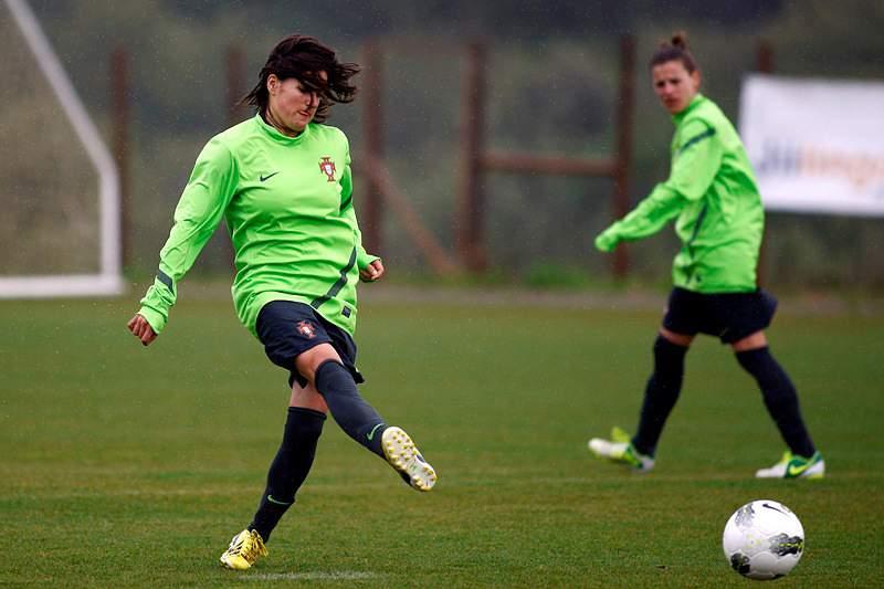 Seleção feminina goleia equipa dinamarquesa