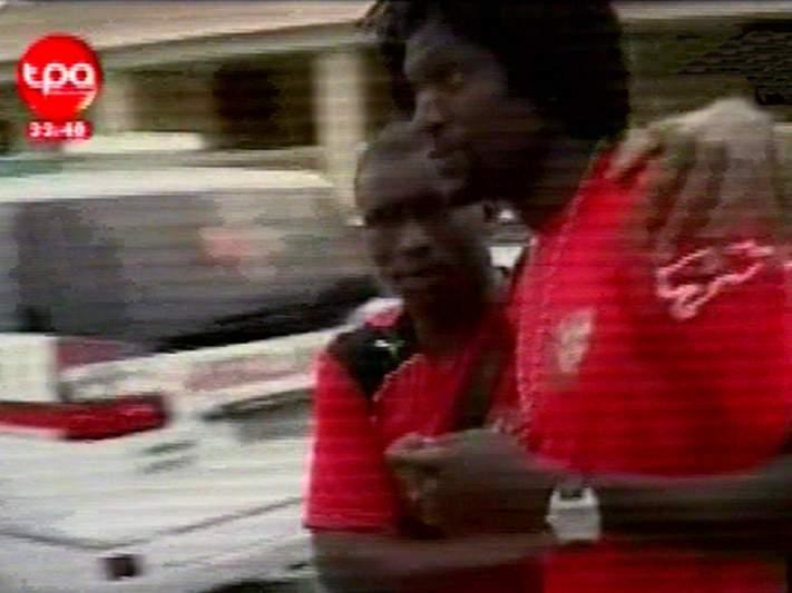 Adebayor decide voltar à seleção