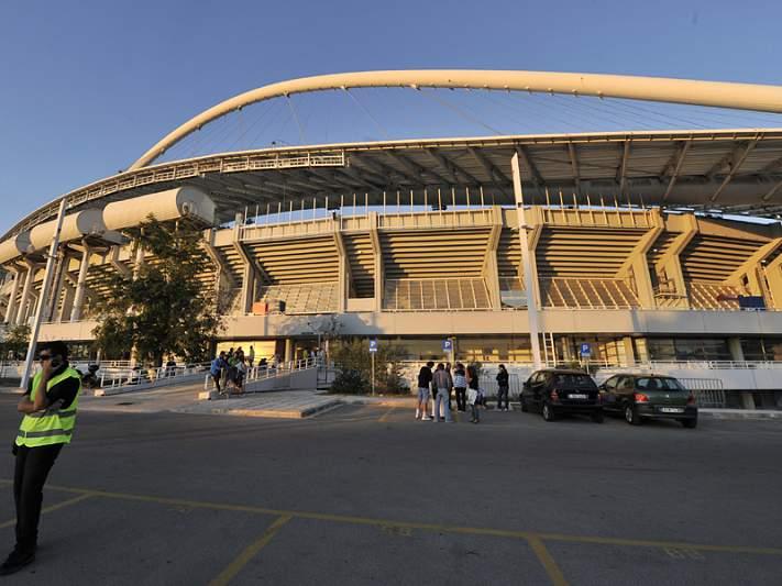 Violência obriga polícia a intervir em dois jogos
