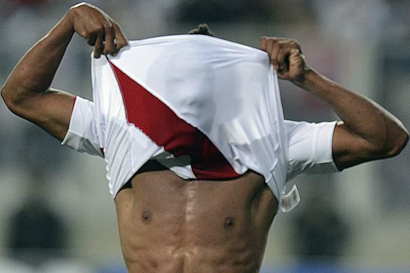 Uruguaio Sergio Markarián deixa seleção peruana de futebol