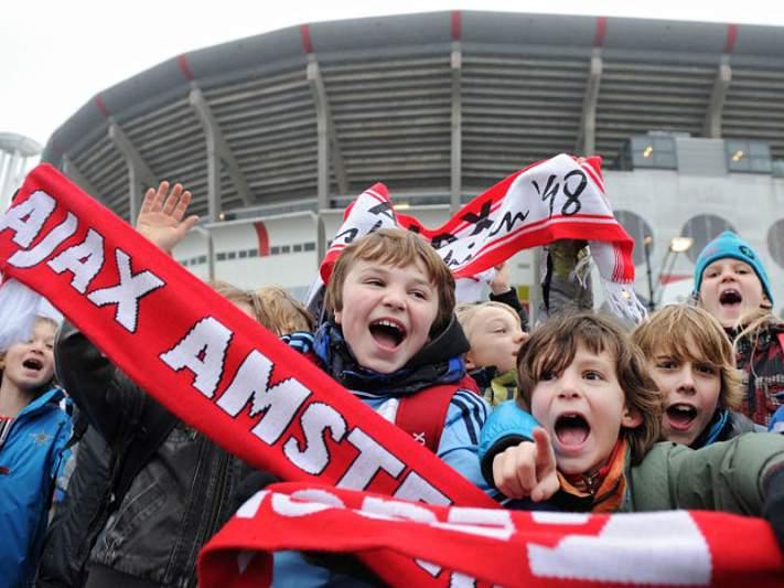 AZ Alkmaar segue para os quartos de final
