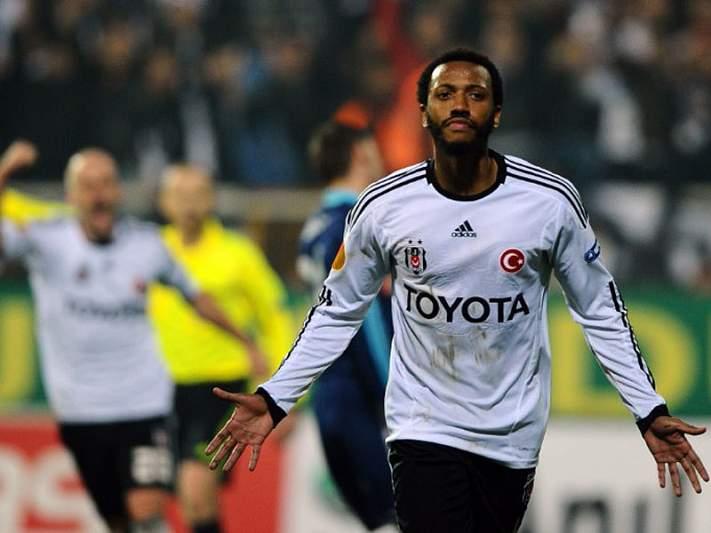 Besiktas derrotado pelo Galatasaray