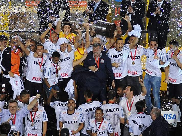 Corinthians venceu a Taça Libertadores em 2012