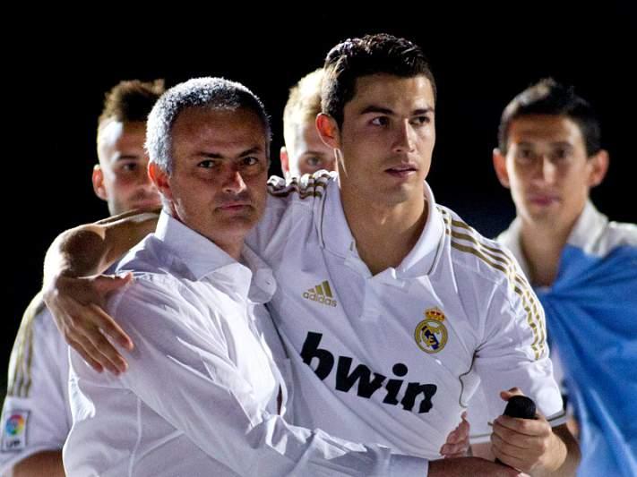 Mourinho deixa 'farpas' ao Barcelona