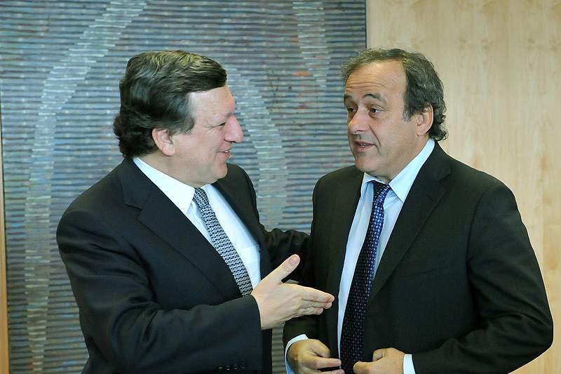 Platini e Durão Barroso discutem combate à viciação de resultados