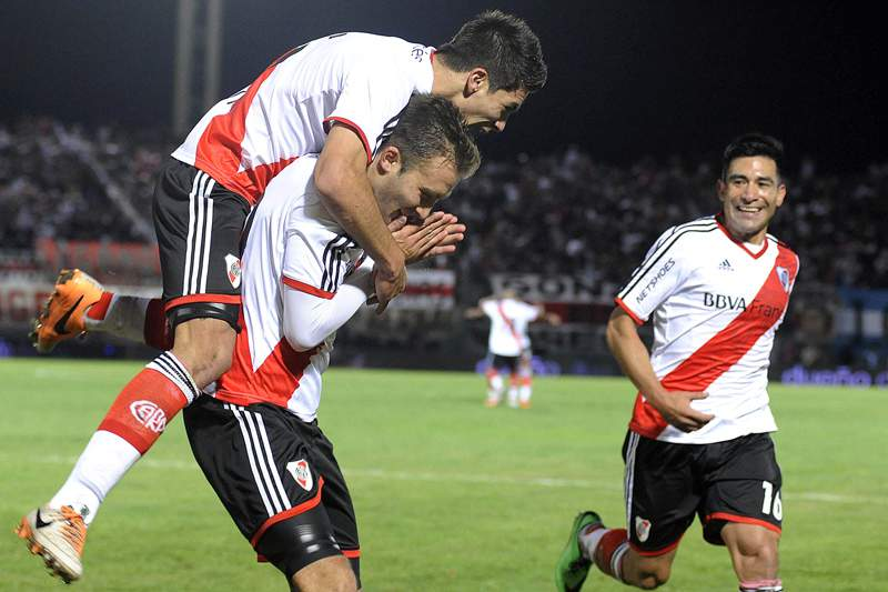 River Plate vence Superfinal do campeonato argentino