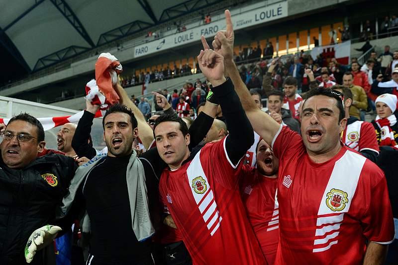 """Jogadores """"na lua"""" depois de vitória histórica no Algarve"""
