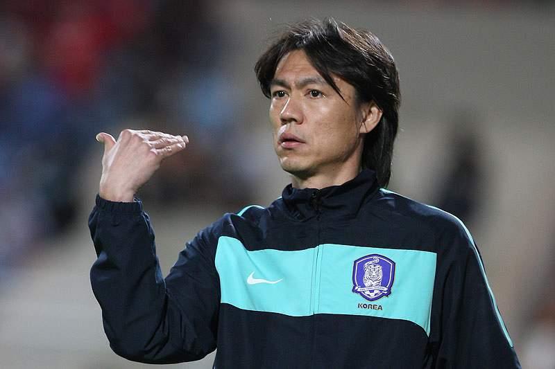 Hong Myung-Bo sucede a Choi Kang-Hee como selecionador de futebol