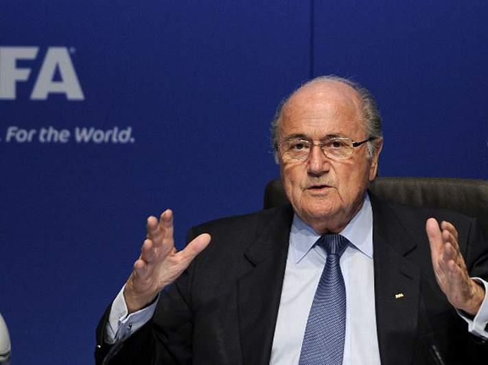 Sepp Blatter reitera agora a necessidade de proteger os jogadores