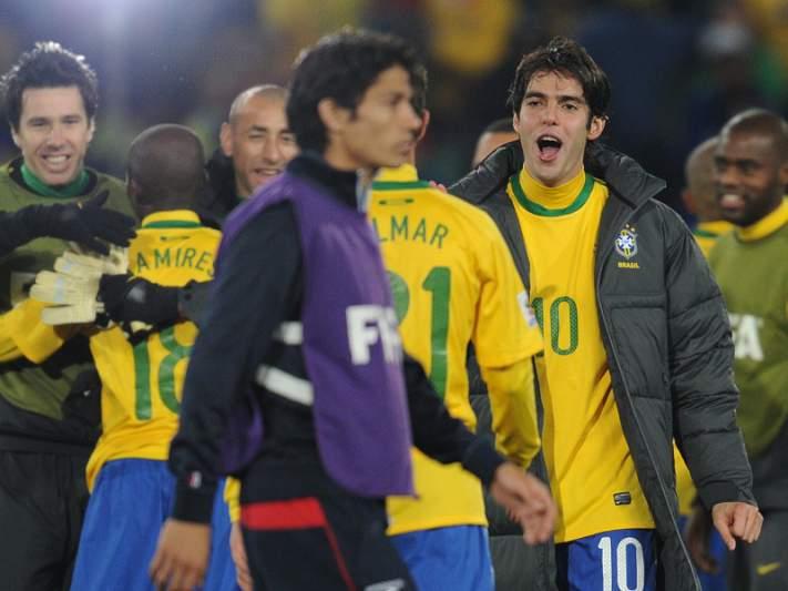 Kaká falha regresso à seleção