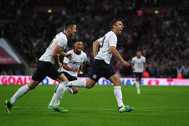 Inglaterra vence Escócia por 3-2
