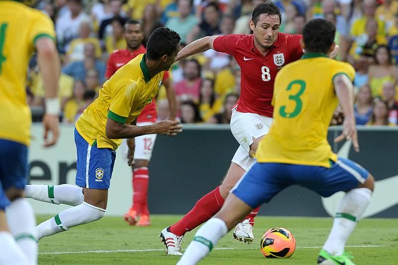 Brasil favorito a jogar em casa