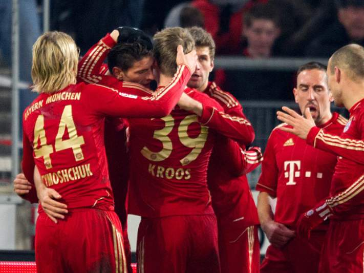 Bayern garante lugar na final frente ao campeão