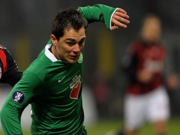 Wolfsburgo vence Hamburgo por 2-1