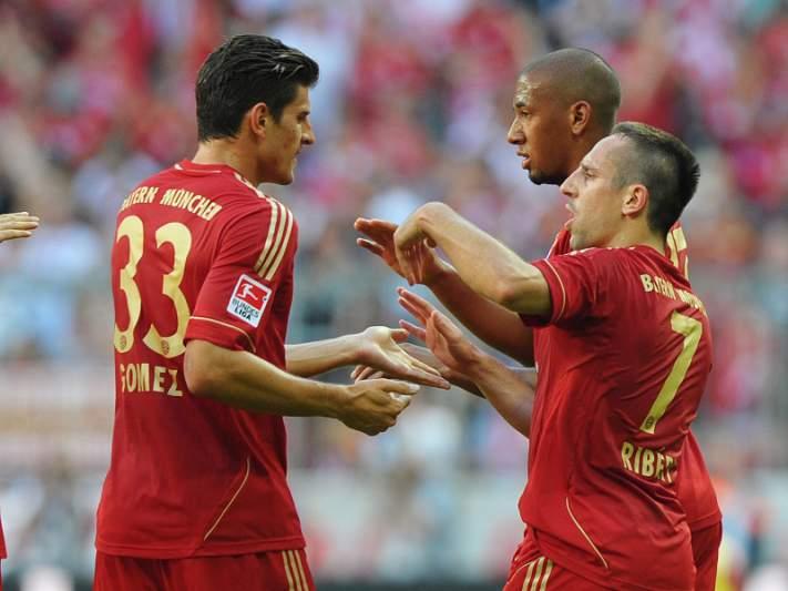 Bayern Munique vence e aproxima-se do líder Dortmund