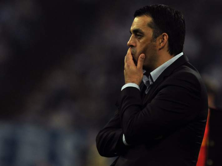 Bayer Leverkusen despede treinador