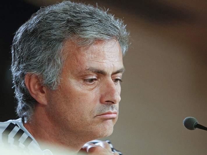 200 treinadores pagam para ouvir Mourinho