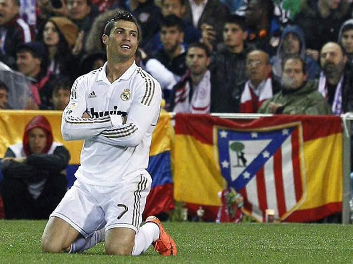 Ronaldo não exclui jogar em Itália