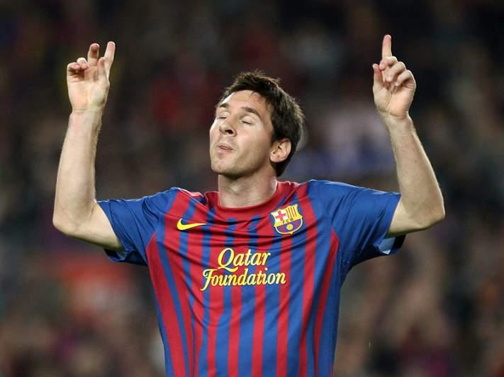 Messi rendido a Xavi e Iniesta