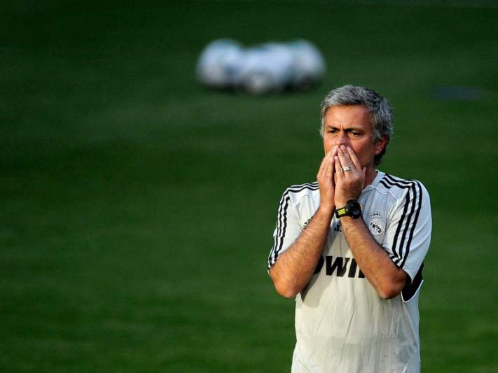 Mourinho rejeita 25 milhões/ano no Anzhi