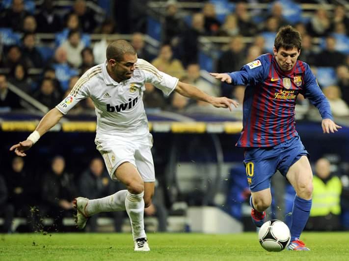 Pepe vaiado em Camp Nou