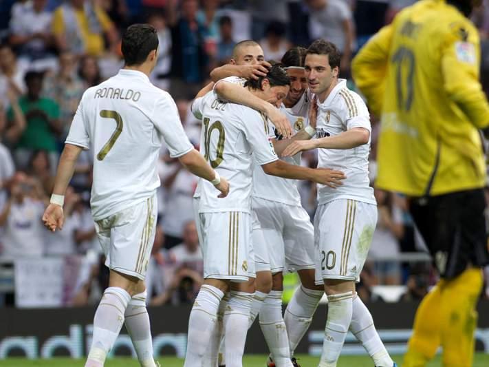 Real Madrid fecha liga com mais uma goleada