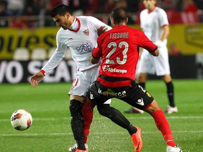Sevilha empata com Liberec, Lyon bate Rijeka