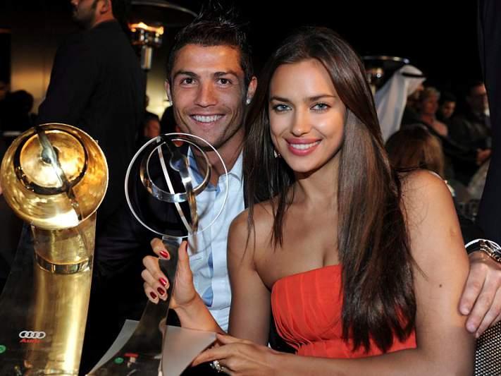 Ronaldo distinguido no Dubai