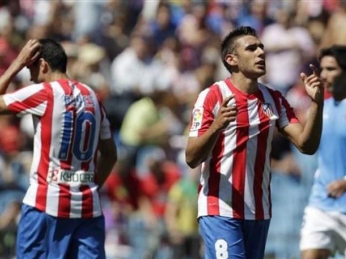 Atlético de Madrid empata em casa na estreia