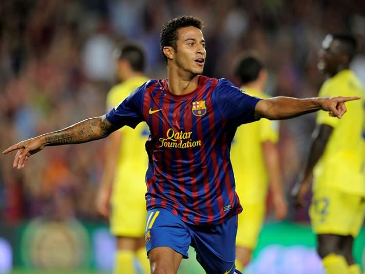 Barça responde ao Real e vence Villarreal por 5-0