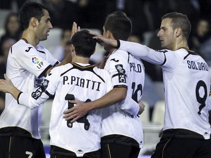 Valência vence Cádiz com facilidade