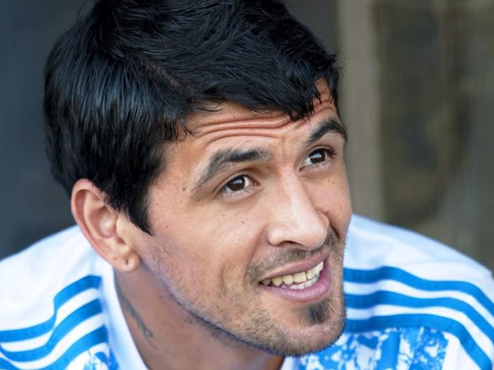 Lucho González em negociações com o Palmeiras
