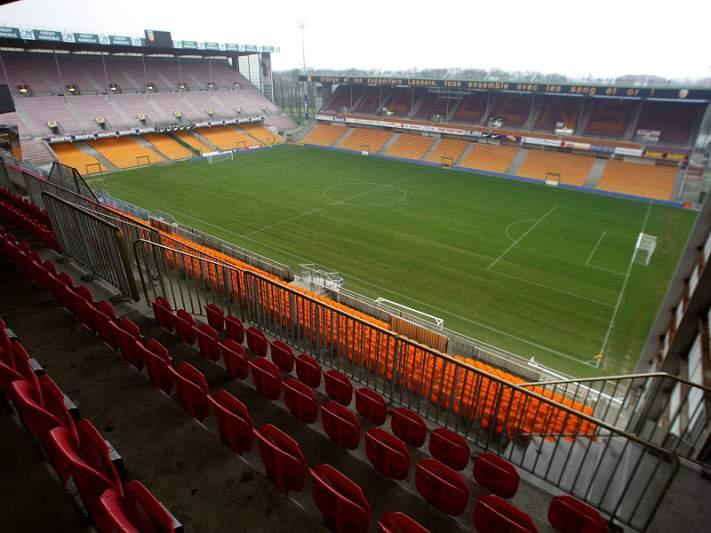 Lens renova estádio para Euro2016
