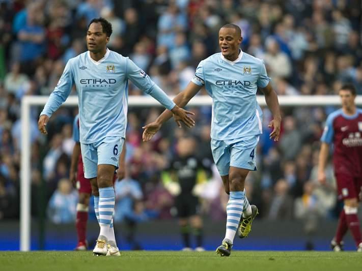 Manchester City assume liderança com triunfo frente ao Aston Villa