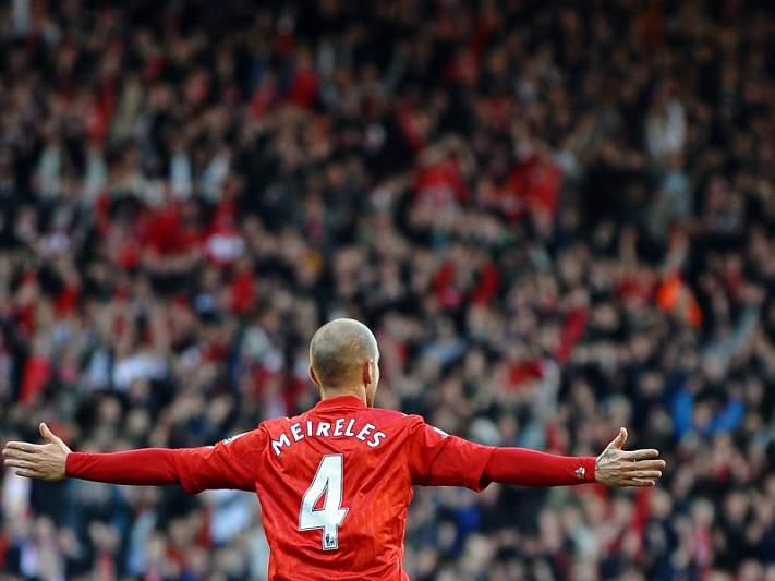 Meireles brilha na vitória do Liverpool