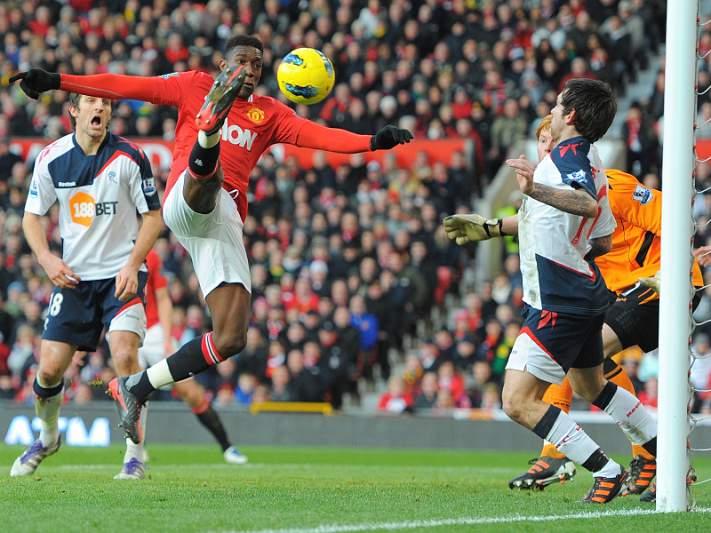 United vence e Scholes volta a marcar pelos red devils